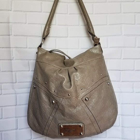 Guess Handbags - ✴Guess Large Shoulder Bag✴ e5c01bf8ed